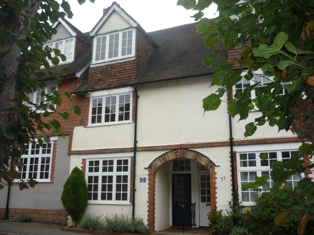 Example of 'Artisan' houses in Lime Tree Walk, Sevenoaks