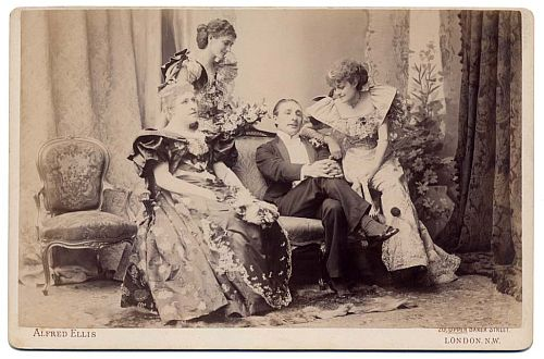 Mrs Saker (left) in The Masqueraders, 1894 [image courtesy of https://footlightnotes.wordpress.com/tag/irene-vanbrugh/]