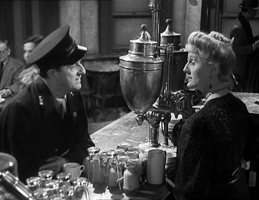 Joyce Carey and Stanley Holloway in Brief Encounter, 1945