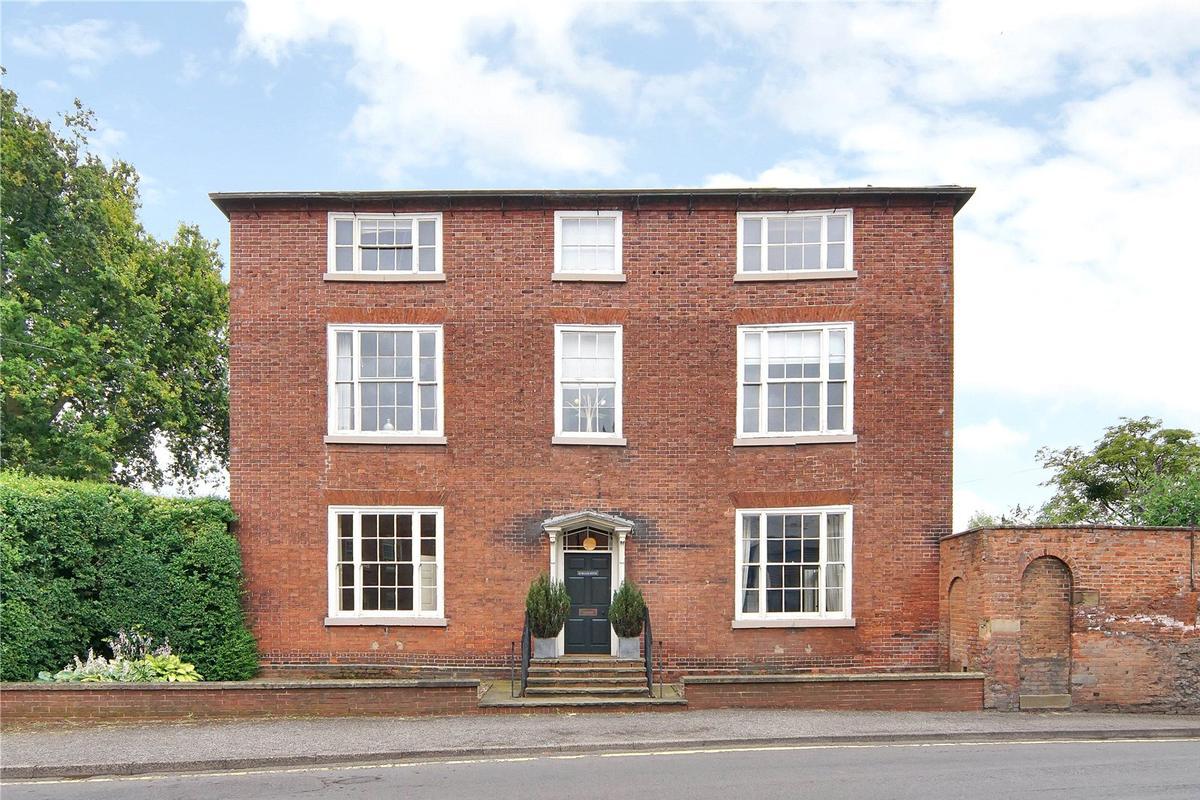 Burgage House, Southwell